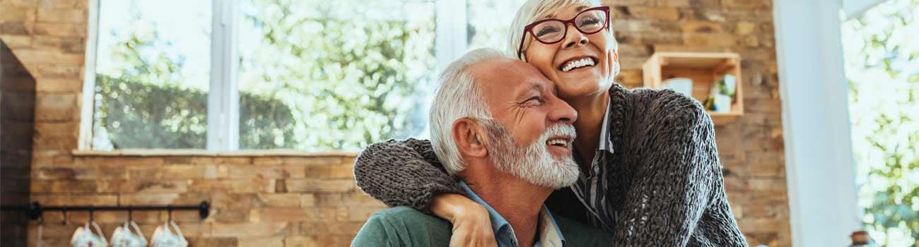 happy-couple-1300x350