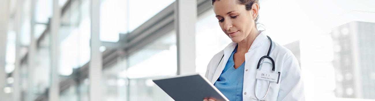 nurse-holding-clipboard-1300x350